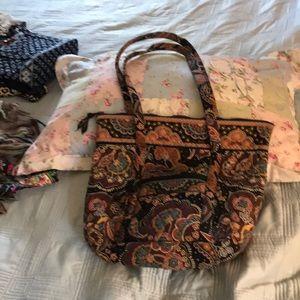 Large Vera Bradley purse, paisley pattern.